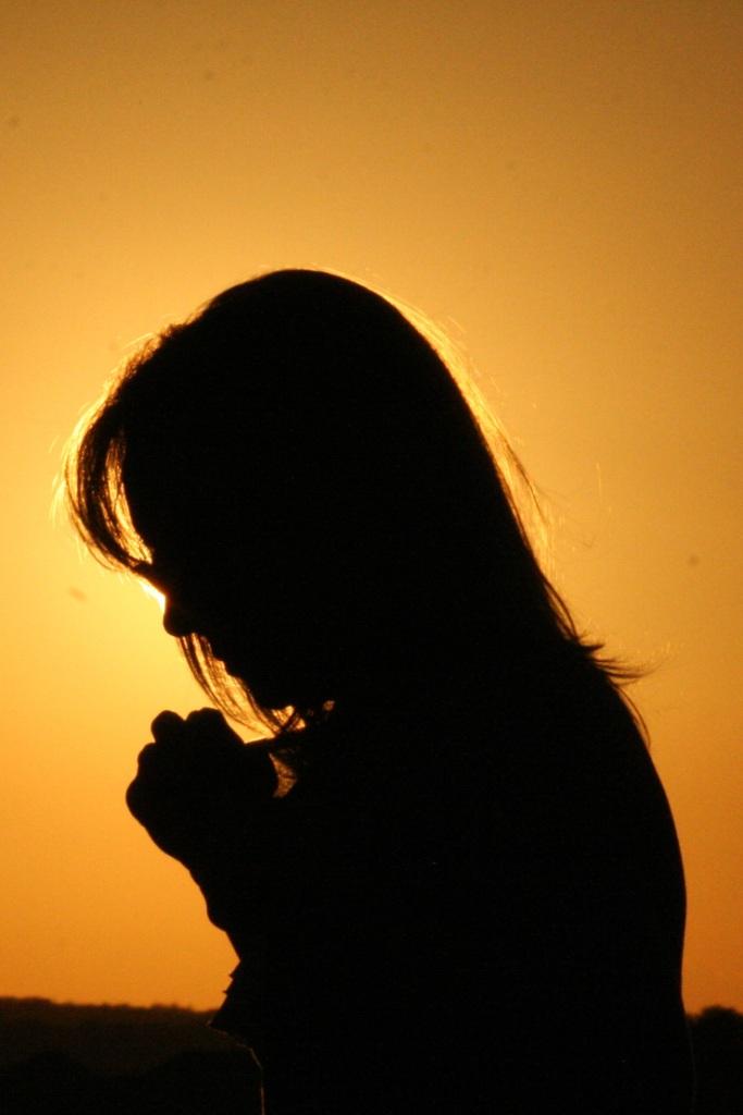 mom-praying